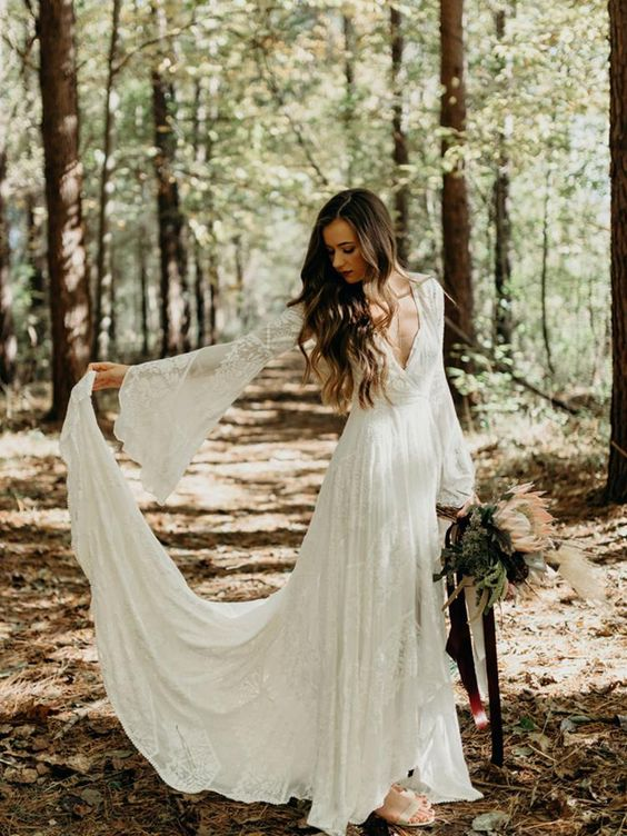 Svatební šaty s rukávy - Obrázek č. 14