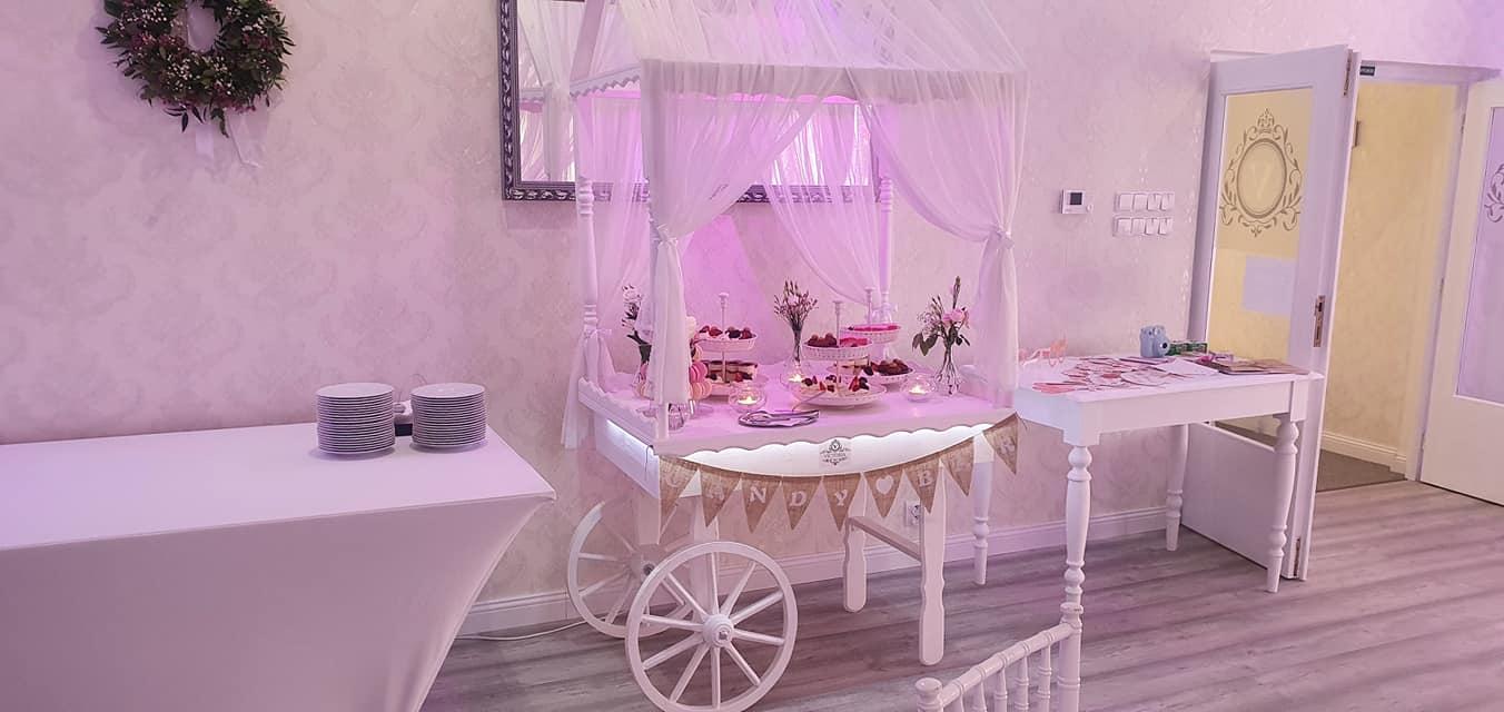 Dream come true ♥ - Candy bar nesmie chýbať
