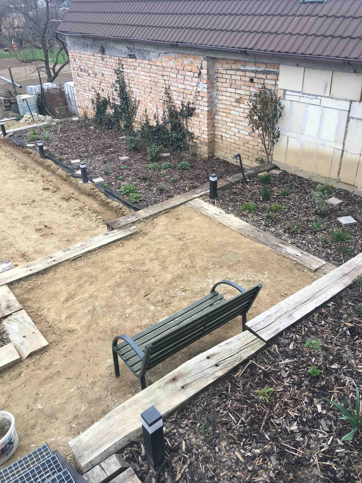 Názov stavby 3 - in da garden - v procese vystavby