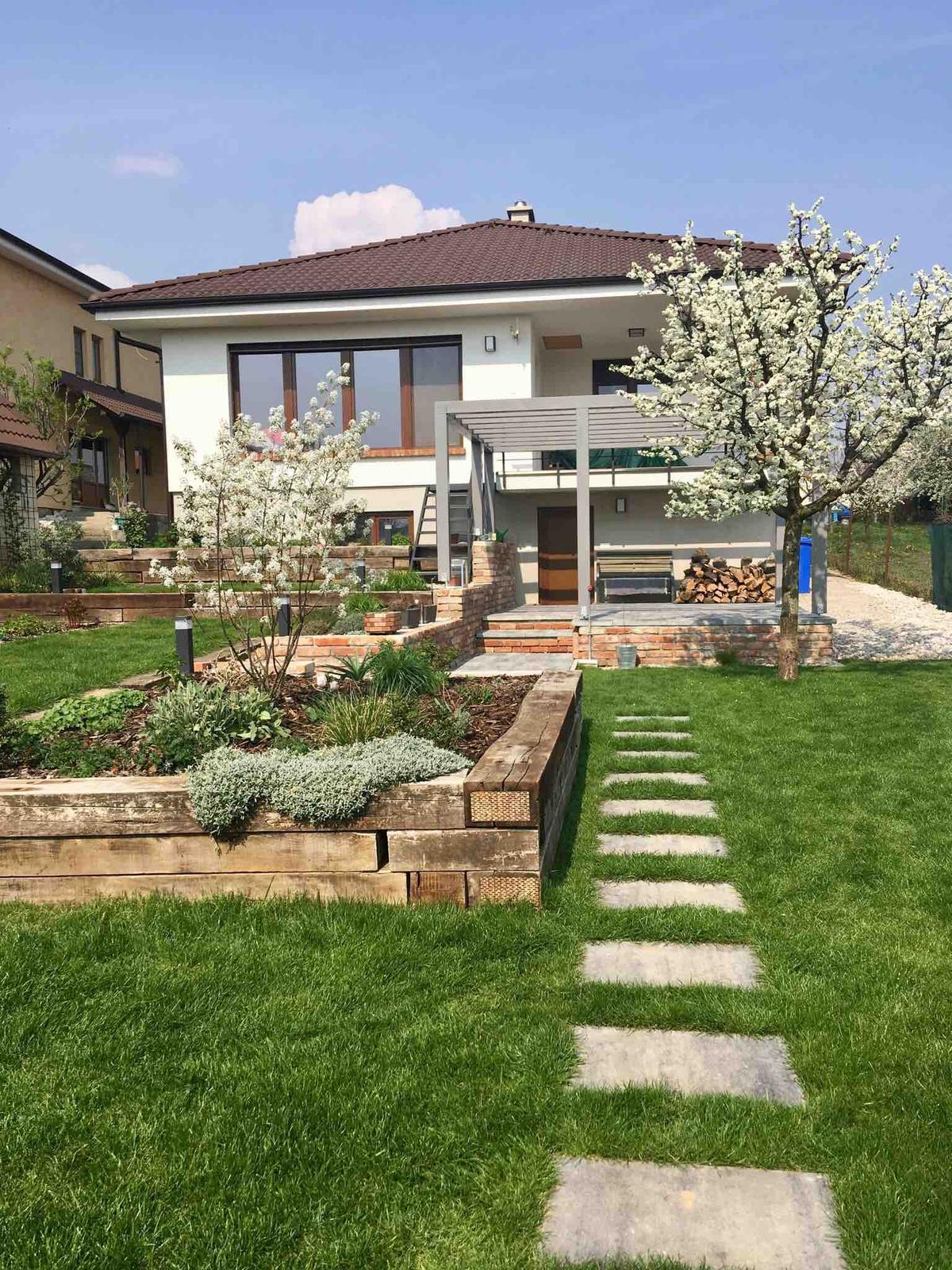 Názov stavby 3 - in da garden - apríl 2019