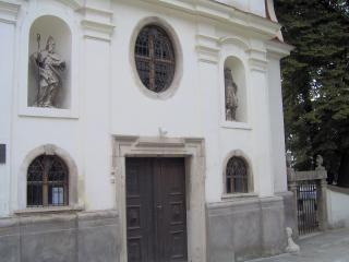 Petra & Juraj --> 11. 7. 2009 - tu bude obrad...Kostol Najsvätejšej Trojice - Podhradie, Bratislava