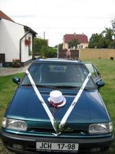 Zkouška výzdoby auta pro ženicha