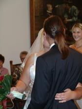 Prní novomanželská pusinka