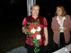 Druhá verze svatební kytice...umělá...moje dílo