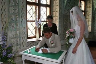 podpisy ...