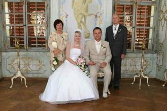 s rodiči nevěsty ...