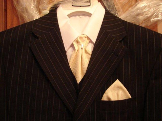Blížiace sa prípravy 28.8.2010 - Detail francúzskej kravaty