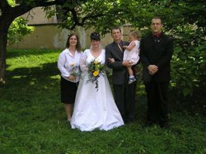 s mojí sestrou a jejím přítelem a zároveň svědci