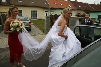 hm,tyhle šaty jsou přímo předurčeny k cestování :))