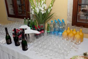 kytica na nápojový stôl