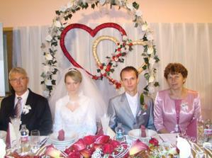 ...a s rodičmi ženícha
