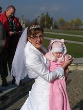 nejmladší svatebčanka