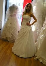 druhé šaty