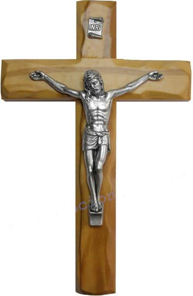 19.5.2012 :o) - ..náš krásny krížik z olivového dreva...