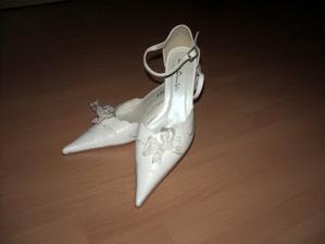 Ještě nemám jasno ,které botičky si vezmu . Ty...?