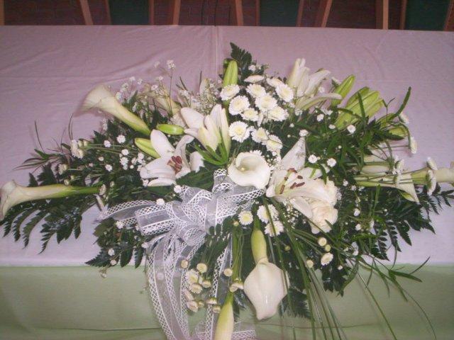 Janko a zuzka prípravy - kvety na stôl