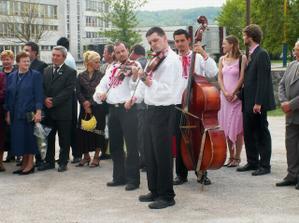 muzikanti Paprčkovci z Hriňovej