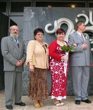 ..rodiče nevěsty..