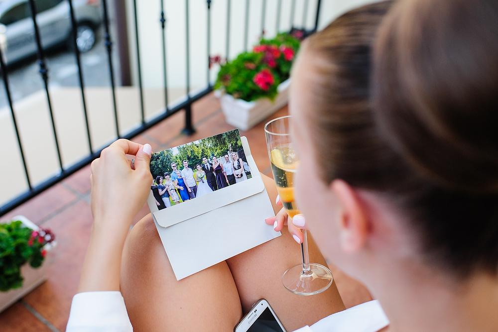 💕 K{{_AND_}} B 💕 - Kameramen mi priniesol fotku zo svadby mojho kolegu, ktora bola tyzden pred tou nasou :) milee..