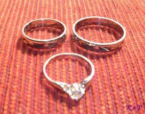 Můj zásnubní prstýnek a naše snubáky
