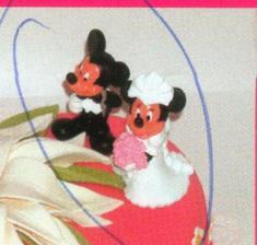 ...a figurky na dort