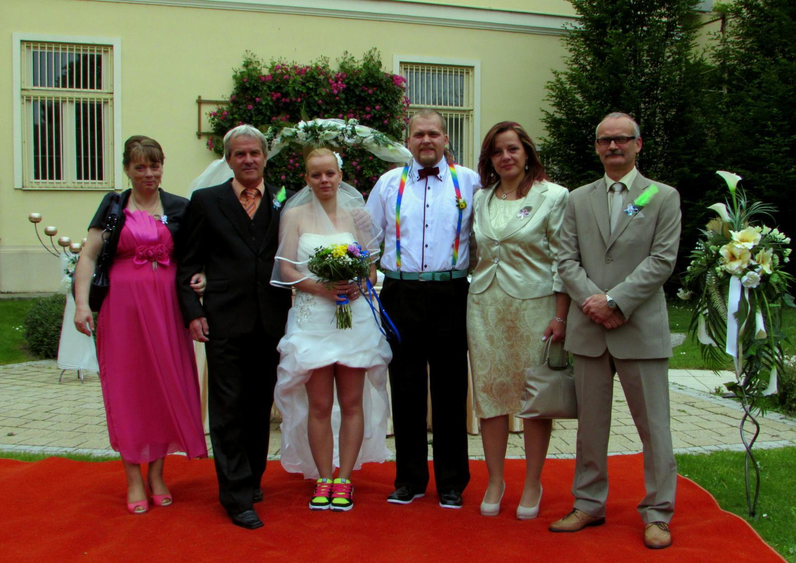 Monika{{_AND_}}Romanko - a jedna s maminkovcami a tatinkovcami :D