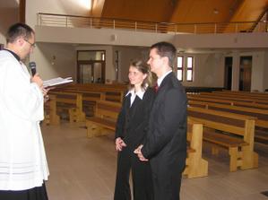 zasnuby v kostole:-) sme mali 16.10.2005