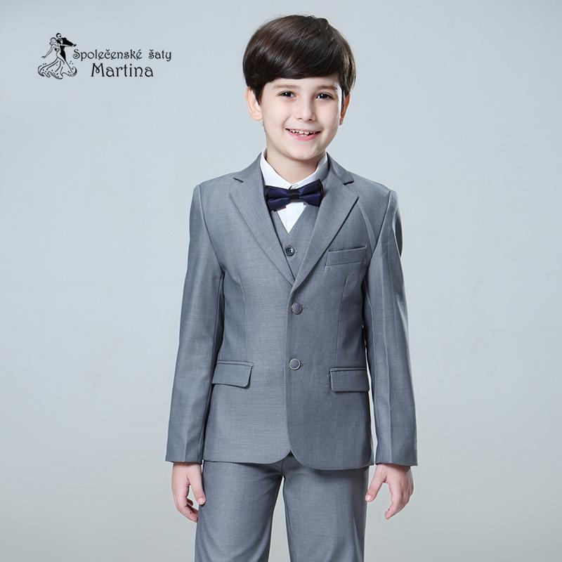 Chlapecký oblek - Obrázek č. 4