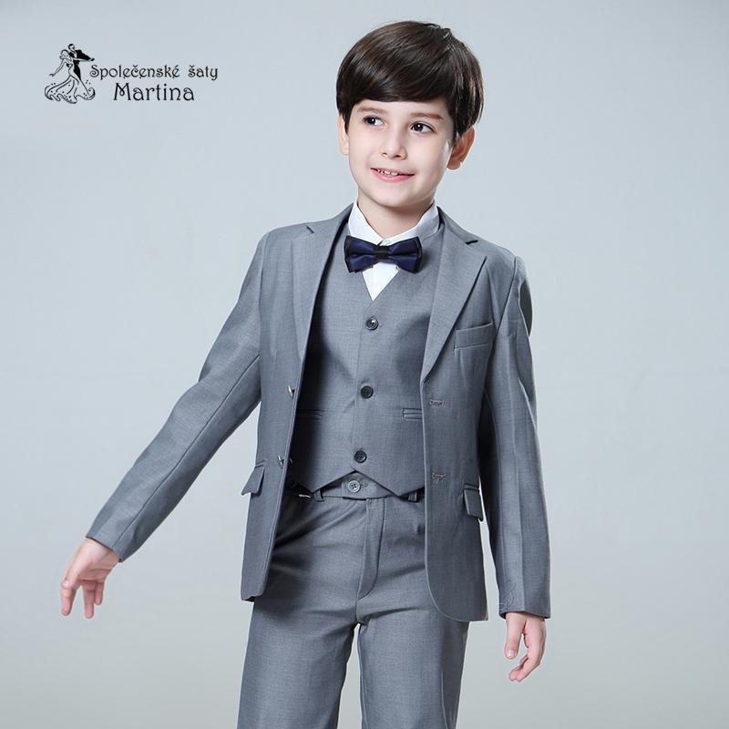 Chlapecký oblek - Obrázek č. 3
