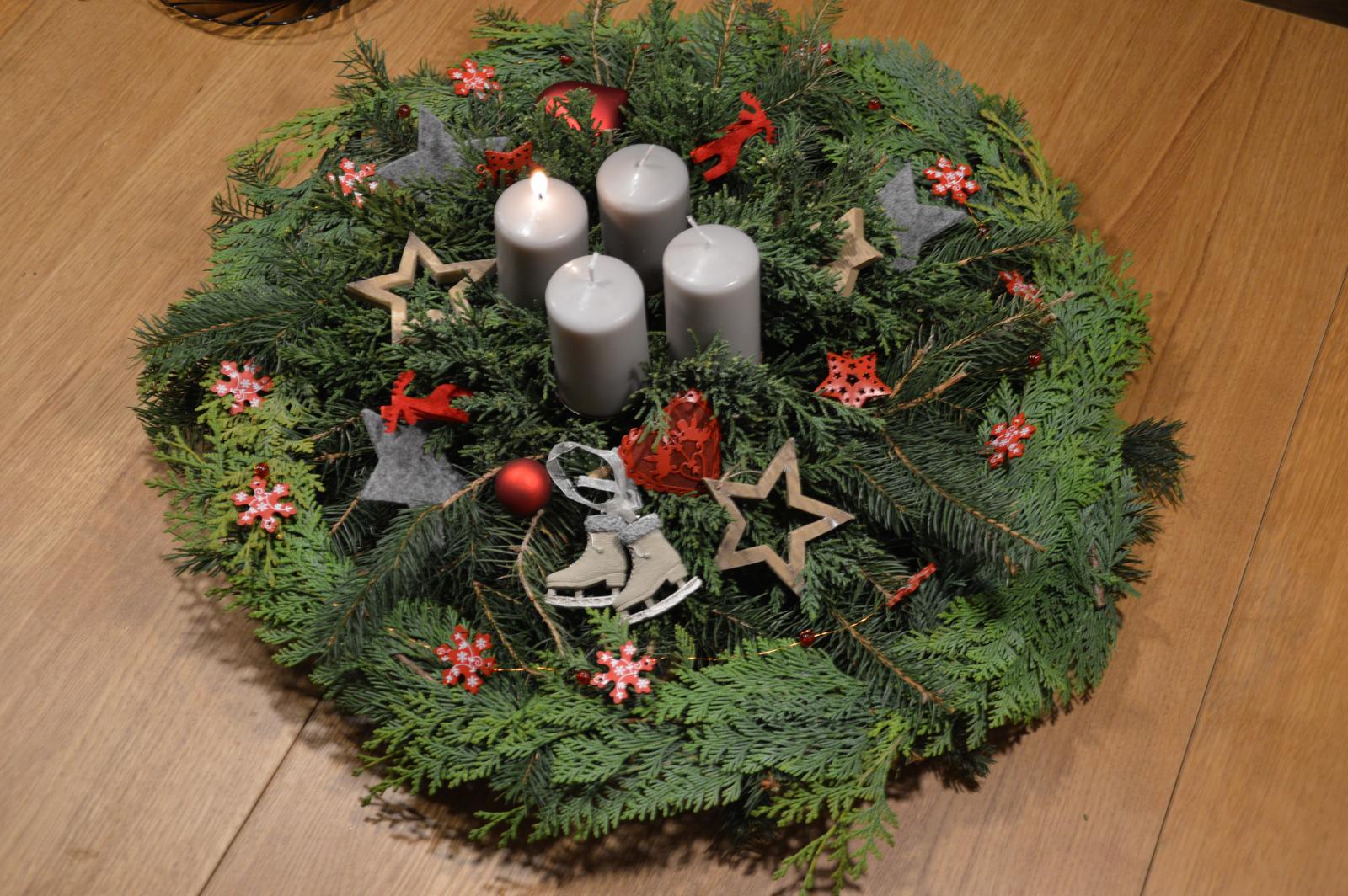 ★☆★Adventný a vianočný čas u nás ... ★☆★ 2015, 2016 - dnes už aj veniec - ako inak - u nás každý rok iba voňavý :-)
