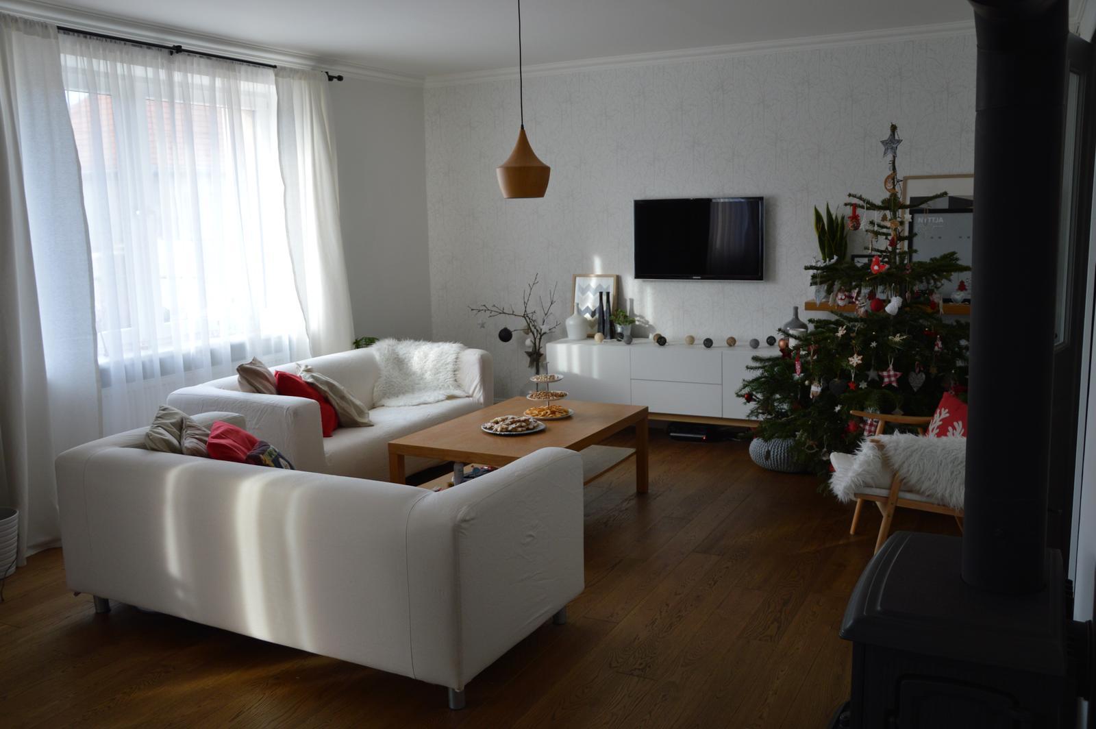 ★☆★Adventný a vianočný čas u nás ... ★☆★ 2015, 2016 - vianočne už u nás aj so starými poťahmi :-) úplne iná obývačka :-)