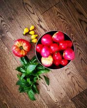 Dnes dám na večeru asi tomato challenge 😂😂😂