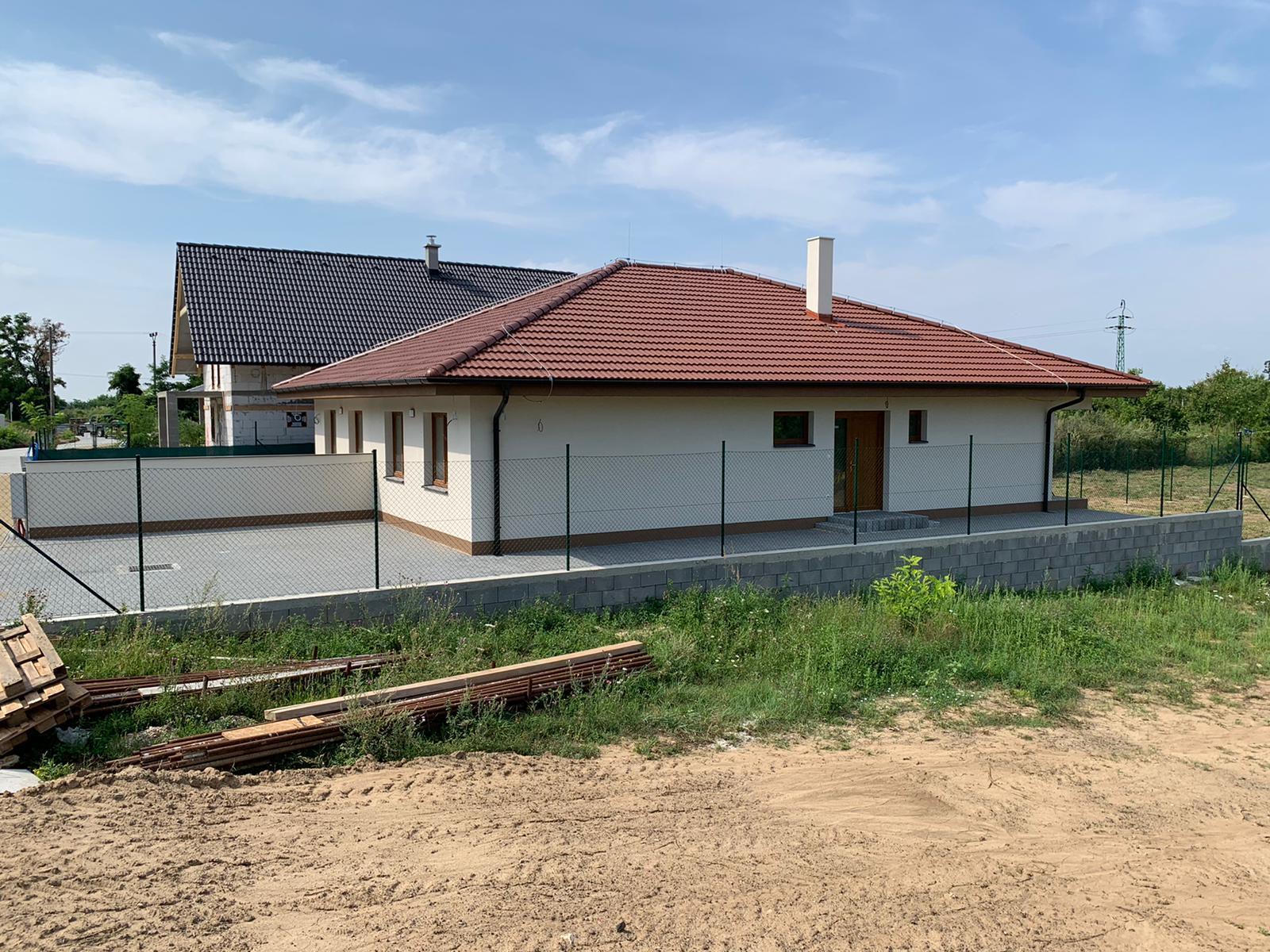 Malý dom s veľkou záhradou - Obrázok č. 4