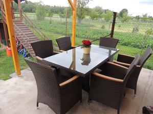 a nový nábytek :)