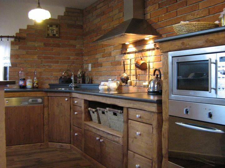 Kuchyň a jídelna - Obrázek č. 8