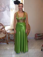 Moje šaty na prezlečenie zo svadobky mala družička Peťka