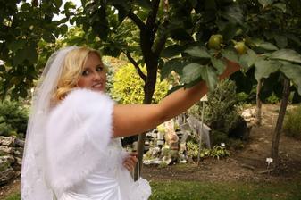 ...pod si pre jablcko .-))