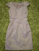 Púzdrové šaty , 38