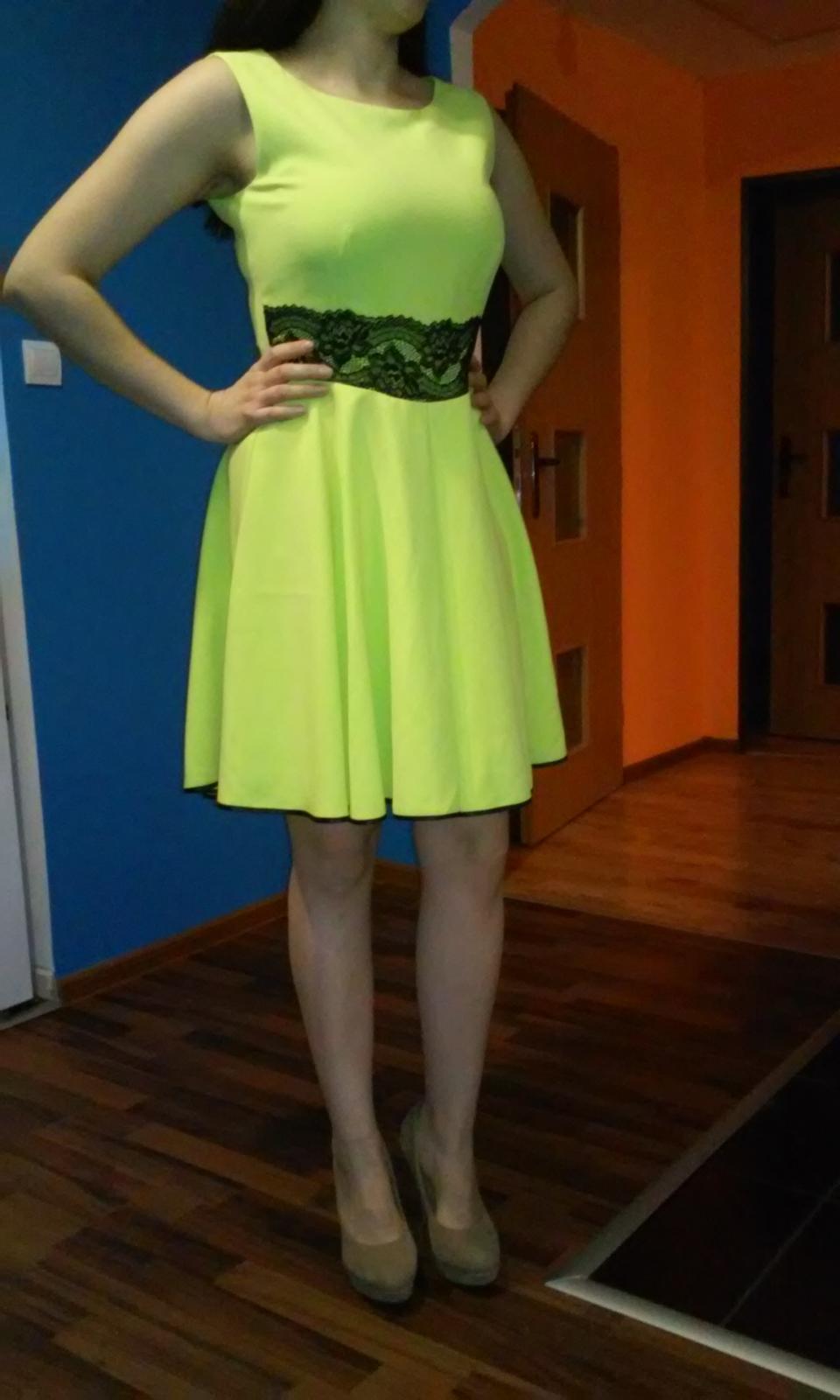 zeleno-žlté šaty - Obrázok č. 1