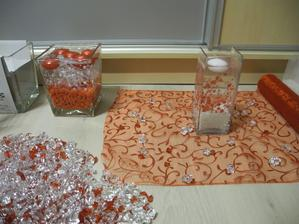 Menží vázy na stoly, větší na okna