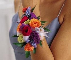 Co sa mi paci :) - Pre druzicky :) Ale bolo by to pekne aj ako svadobna kytica.