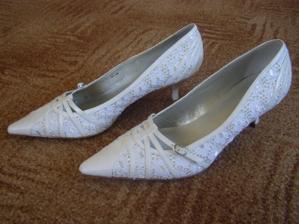 Moje svatební botky-koupeny v Daichmann za 599,-