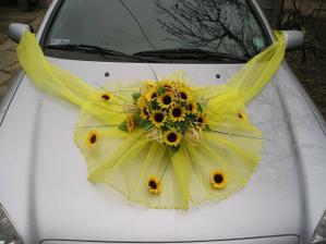 Krásná výzdoba na auto......