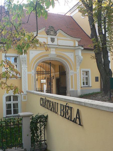 Monika & George - Château Béla