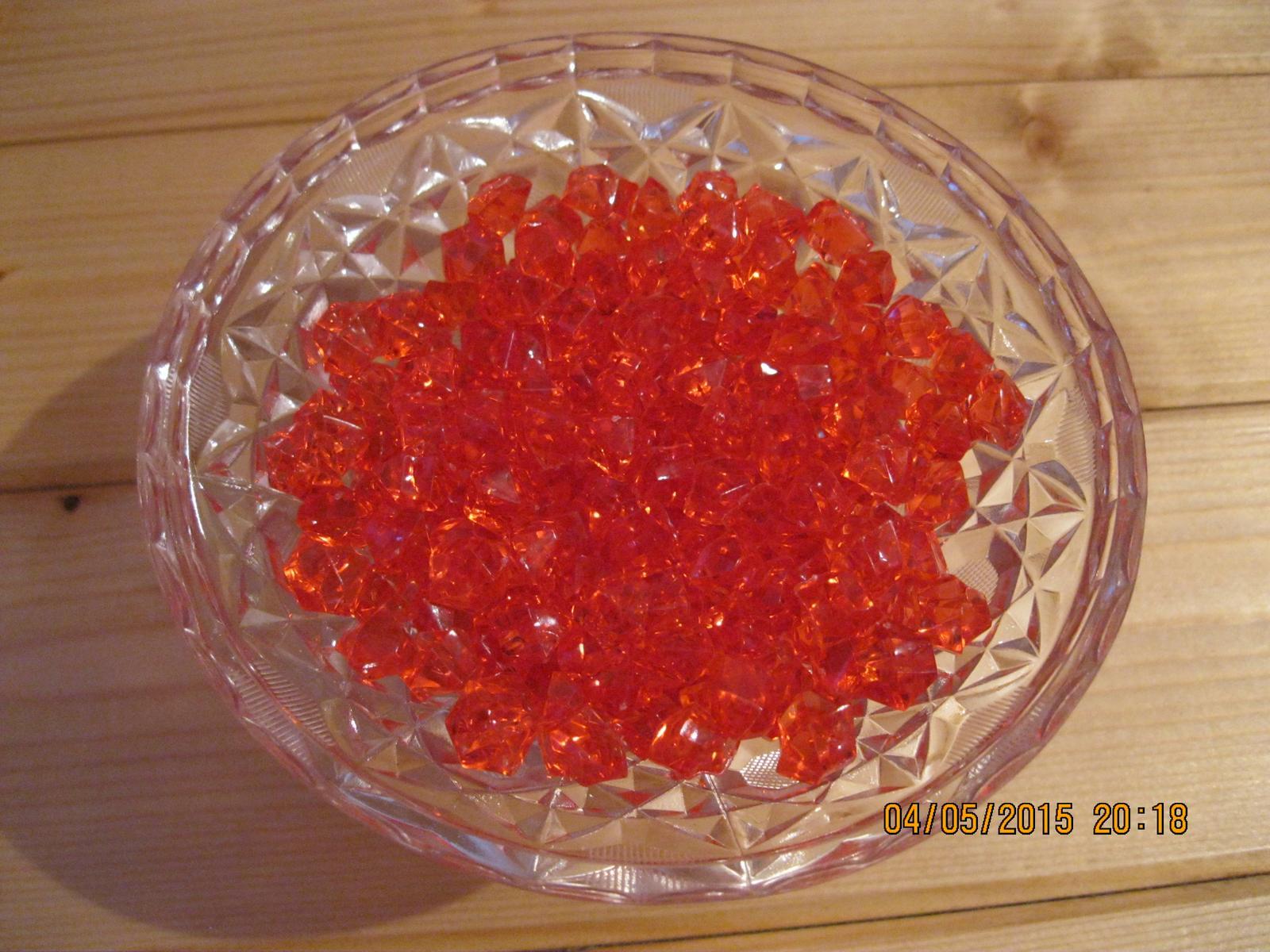 Kamínky červené, 1,5 cm - Obrázek č. 1