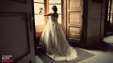 Foto od kameramanky z nášho svadobného videa :)