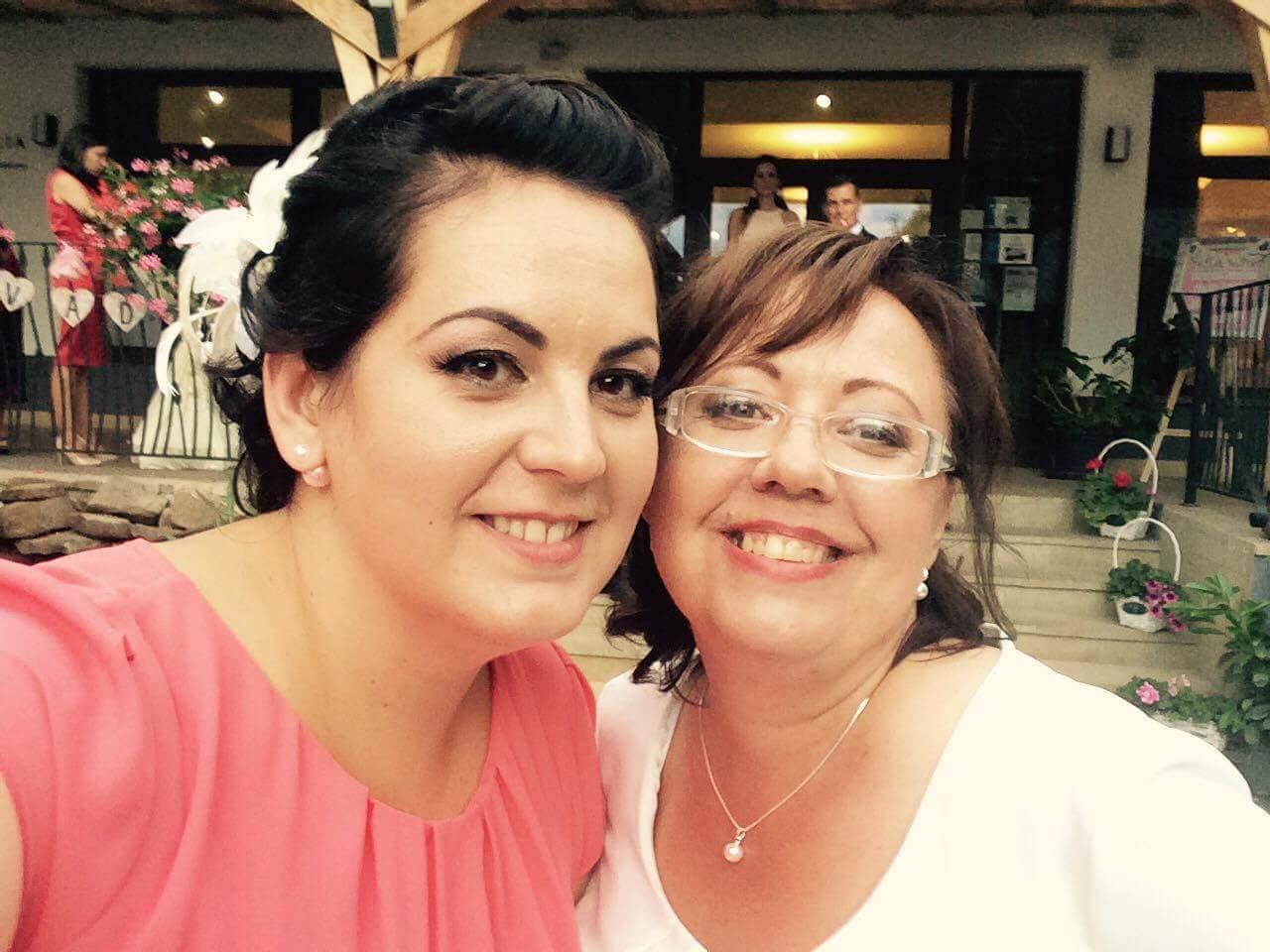♥ Vikulka{{_AND_}}Peťo ♥ - Foto mobil: Moja sesternica s mojou maminkou ♥
