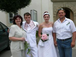 já, Deny, mamča a její manžel
