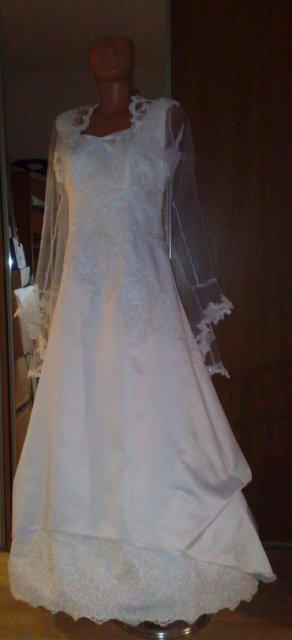Michal a Barbora : Príprava na našu elfskú svadbu - moje šaty aj s bolerkom sú už doma