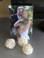 naše darčeky pre hostí... fotili sme sa v stredu, a nemôžem povedať nič iné, len že je to ten najlepší nápad, aký mi pri svadobných prípravách napadol